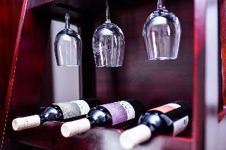 http://photos.hotelbeds.com/giata/55/556721/556721a_hb_ro_051.jpg