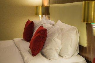 HotelParsian Enghelab