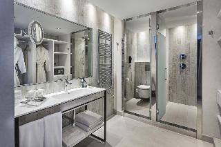 http://photos.hotelbeds.com/giata/57/573543/573543a_hb_ro_004.jpg