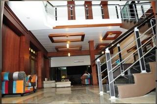 Hotels in Abidjan: Crystal palace