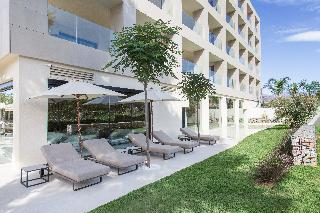 Hotels in Costa del Sol: The Oasis By Don Carlos Resort
