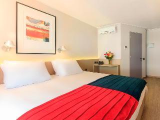 http://photos.hotelbeds.com/giata/58/585381/585381a_hb_ro_001.jpg