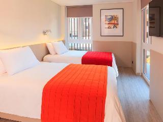 http://photos.hotelbeds.com/giata/58/585381/585381a_hb_ro_003.jpg