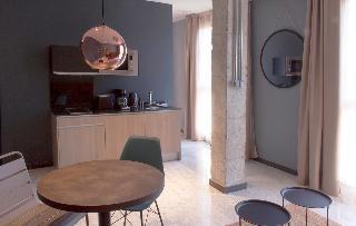 http://photos.hotelbeds.com/giata/58/586101/586101a_hb_ro_009.jpg