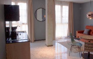 http://photos.hotelbeds.com/giata/58/586101/586101a_hb_ro_012.jpg