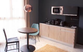 http://photos.hotelbeds.com/giata/58/586101/586101a_hb_ro_027.jpg