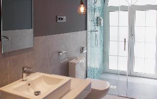 http://photos.hotelbeds.com/giata/58/586101/586101a_hb_ro_061.jpg