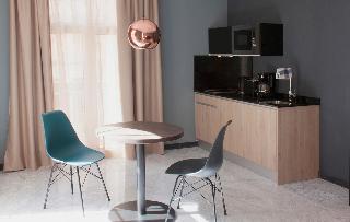 http://photos.hotelbeds.com/giata/58/586101/586101a_hb_ro_064.jpg