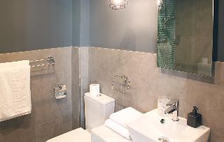 http://photos.hotelbeds.com/giata/58/586101/586101a_hb_ro_090.jpg