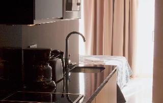 http://photos.hotelbeds.com/giata/58/586101/586101a_hb_ro_097.jpg