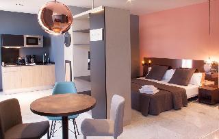 http://photos.hotelbeds.com/giata/58/586101/586101a_hb_ro_100.jpg
