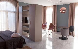 http://photos.hotelbeds.com/giata/58/586101/586101a_hb_ro_103.jpg