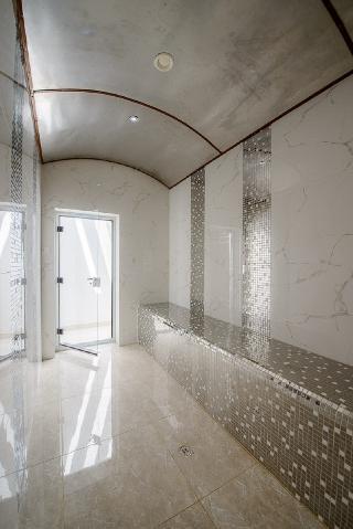 Hotels in Bahrain: Al Manzil Residence