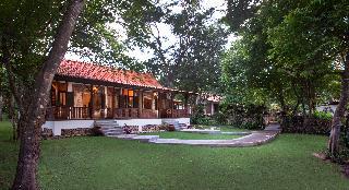 http://photos.hotelbeds.com/giata/59/592063/592063a_hb_ro_016.JPG