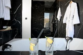 http://photos.hotelbeds.com/giata/59/592509/592509a_hb_ro_043.jpg