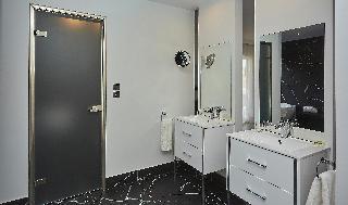 http://photos.hotelbeds.com/giata/59/592509/592509a_hb_ro_045.jpg