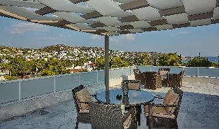 http://photos.hotelbeds.com/giata/59/592509/592509a_hb_ro_048.jpg
