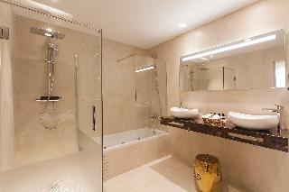 http://photos.hotelbeds.com/giata/59/593521/593521a_hb_ro_002.jpg