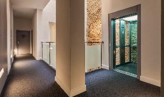 http://photos.hotelbeds.com/giata/59/593521/593521a_hb_ro_010.jpg