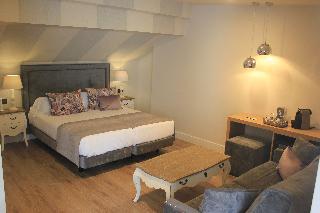 http://photos.hotelbeds.com/giata/59/593521/593521a_hb_ro_011.JPG