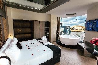 http://photos.hotelbeds.com/giata/60/602174/602174a_hb_ro_002.jpg