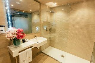 http://photos.hotelbeds.com/giata/60/602174/602174a_hb_ro_059.jpg