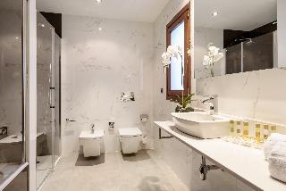 http://photos.hotelbeds.com/giata/60/605561/605561a_hb_ro_009.jpg