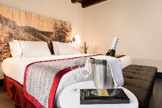 http://photos.hotelbeds.com/giata/60/605561/605561a_hb_ro_010.jpg