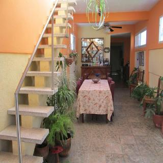 Hostal - Casa DR. Claudio e Illiana