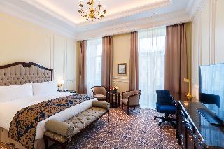 http://photos.hotelbeds.com/giata/61/616903/616903a_hb_ro_054.jpg