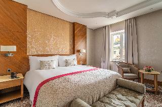 http://photos.hotelbeds.com/giata/61/616903/616903a_hb_ro_062.jpg