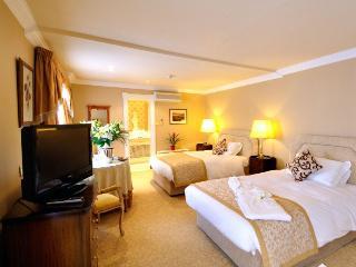 http://photos.hotelbeds.com/giata/63/630583/630583a_hb_ro_023.jpg