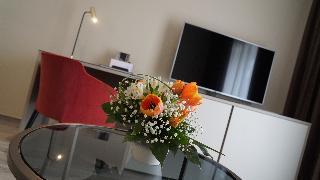 http://photos.hotelbeds.com/giata/63/632489/632489a_hb_ro_005.JPG