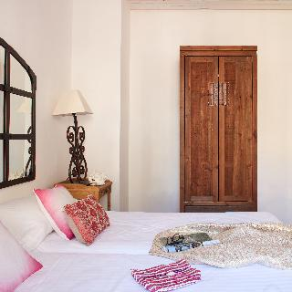 http://photos.hotelbeds.com/giata/63/632954/632954a_hb_ro_002.jpg