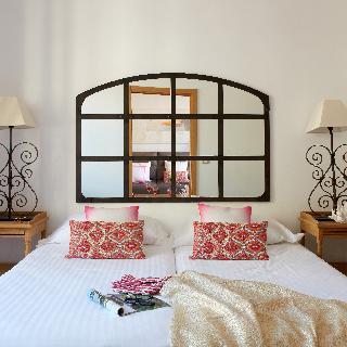 http://photos.hotelbeds.com/giata/63/632954/632954a_hb_ro_003.jpg