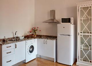 http://photos.hotelbeds.com/giata/63/632954/632954a_hb_ro_024.jpg
