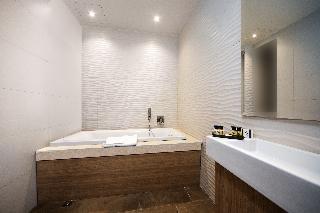 http://photos.hotelbeds.com/giata/64/642346/642346a_hb_ro_004.jpg