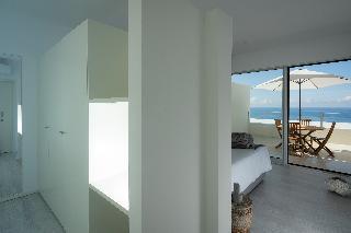 http://photos.hotelbeds.com/giata/65/651661/651661a_hb_ro_028.jpg