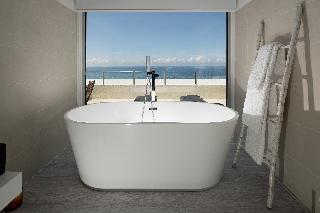 http://photos.hotelbeds.com/giata/65/651661/651661a_hb_ro_030.jpg