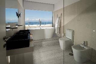 http://photos.hotelbeds.com/giata/65/651661/651661a_hb_ro_031.jpg