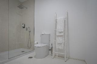http://photos.hotelbeds.com/giata/65/651661/651661a_hb_ro_037.jpg