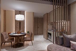 http://photos.hotelbeds.com/giata/65/654309/654309a_hb_ro_024.jpg