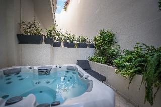 http://photos.hotelbeds.com/giata/65/654544/654544a_hb_ro_015.jpg