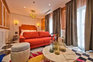 http://photos.hotelbeds.com/giata/65/654544/654544a_hb_ro_112.jpg