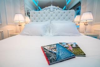 http://photos.hotelbeds.com/giata/65/656961/656961a_hb_ro_026.jpg