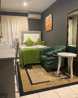 http://photos.hotelbeds.com/giata/67/676579/676579a_hb_ro_004.jpg