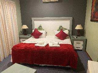 http://photos.hotelbeds.com/giata/67/676579/676579a_hb_ro_012.jpeg