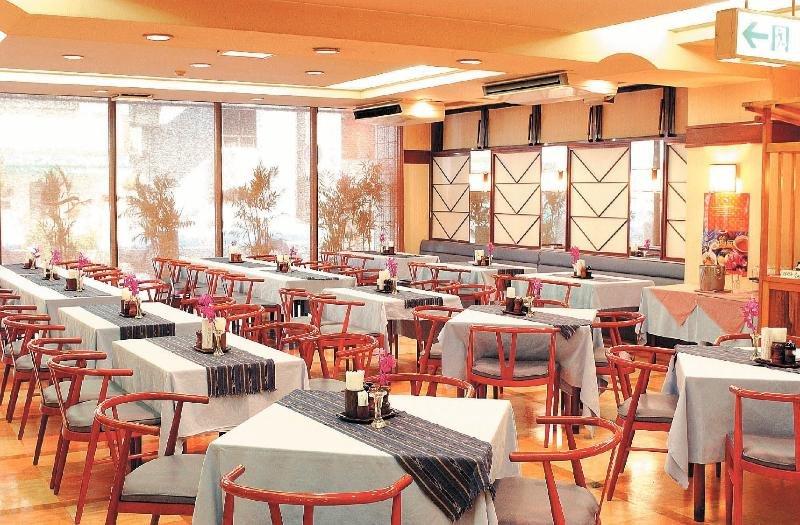 Hotels in Okinawa: Ryukyu Sun Royal Hotel