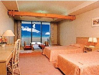 Hotels in Okinawa: Hotel Miyuki Beach