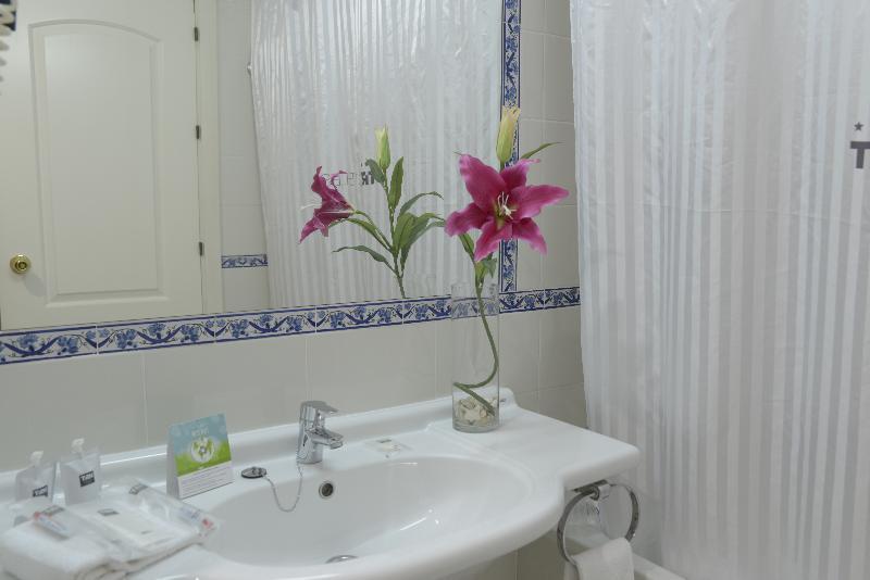 Hotel Hotel TRH La Motilla de Dos Hermanas